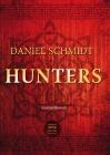 Vergrößerte Darstellung Cover: Hunters. Externe Website (neues Fenster)