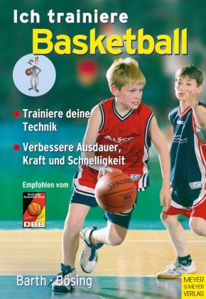 Ich trainiere Basketball