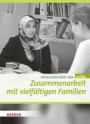 Zusammenarbeit mit vielfältigen Familien