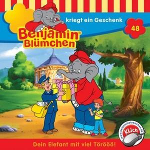 Benjamin Blümchen kriegt ein Geschenk