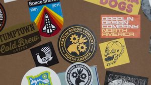 Aaron Draplin, diseñador de logos