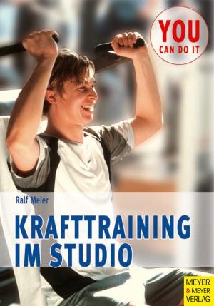 Krafttraining im Studio