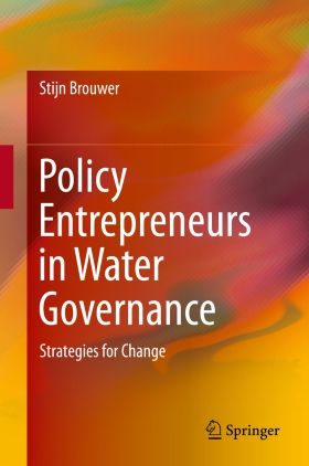 Policy entrepreneurs in water governance