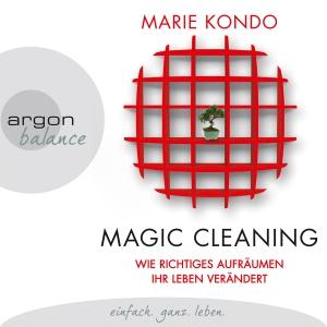Nina West liest Marie Kondo, Magic cleaning